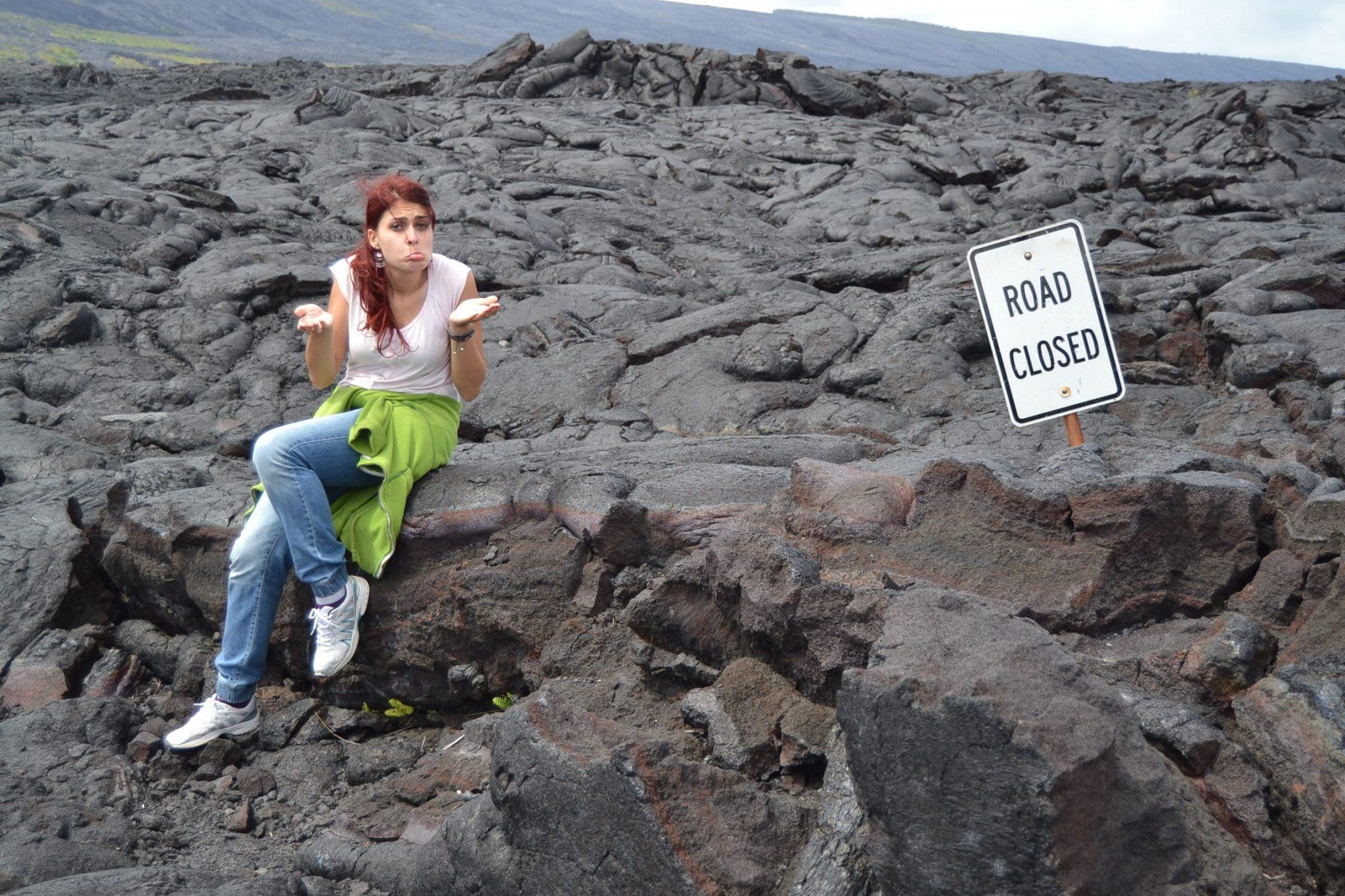Strada chiusa per lava